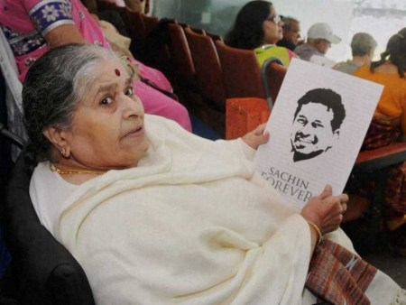 Sachin Tendulkar mother