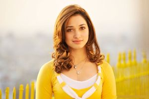 Tamannaah Bhatia Family Photos Biography Mother Father Brother