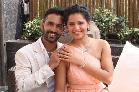 Dinesh Karthik Family Photos, Wife, Father, Mother