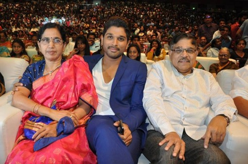Allu Arjun Family, Father Name, Wife, Son Pictures, Age
