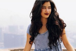 Jhanvi Kapoor Family Photos, Father, Mother, Age, Biography
