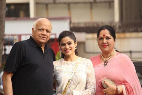 Shamita Shetty Family, Age, Father and , Biography