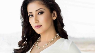 manisha-koirala-family-photos-husband-wiki-bio-age
