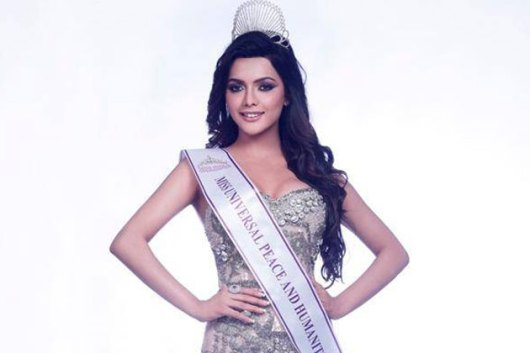 ruhi-singh-family-pics-husband-height-weight-age
