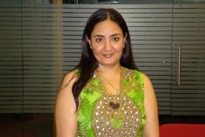 Jaspinder Narula Family Photos, Father, Husband, Age, DOB, Biography