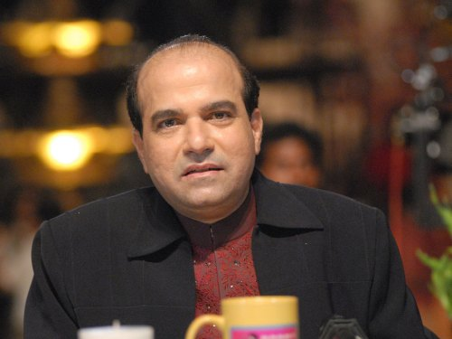 Suresh Wadkar Family Photos, Father, Wife, Daughter, Son, Age, Biography