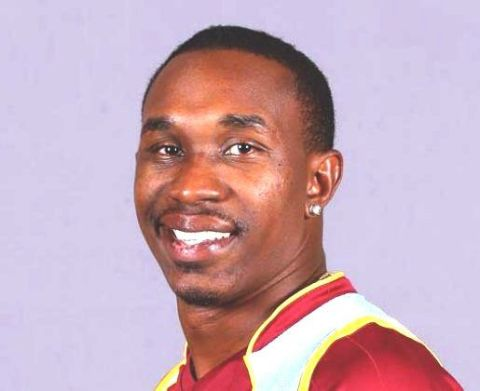 Dwayne Bravo Family Photos, Father, Mother, Wife, Son, Daughter, Age, Biography
