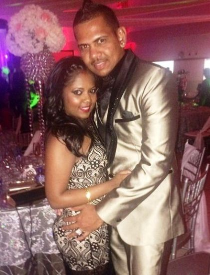 Sunil Narine Family Photos, Father, Mother, Wife, Height, Biography