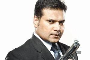 Dayanand Shetty Family Photos, Father, Mother, Wife, Daughter, Age, Biography