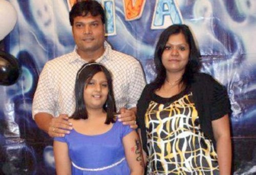 Dayanand Shetty Family Photos, Father, Mother, Wife, Daughter, Age