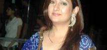 Juhi Parmar Family Pics, Husband, Age, Daughter, Sister