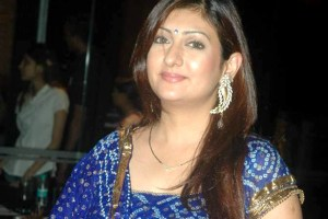Juhi Parmar Family Pics, Husband, Age, Daughter, Sister