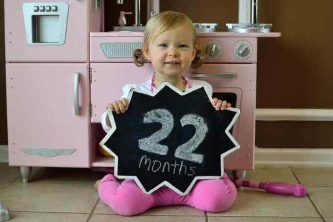 Bayi Usia 22 Bulan