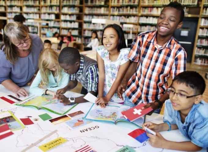 Contoh Teks Eksposisi Tentang Pendidikan Sosial