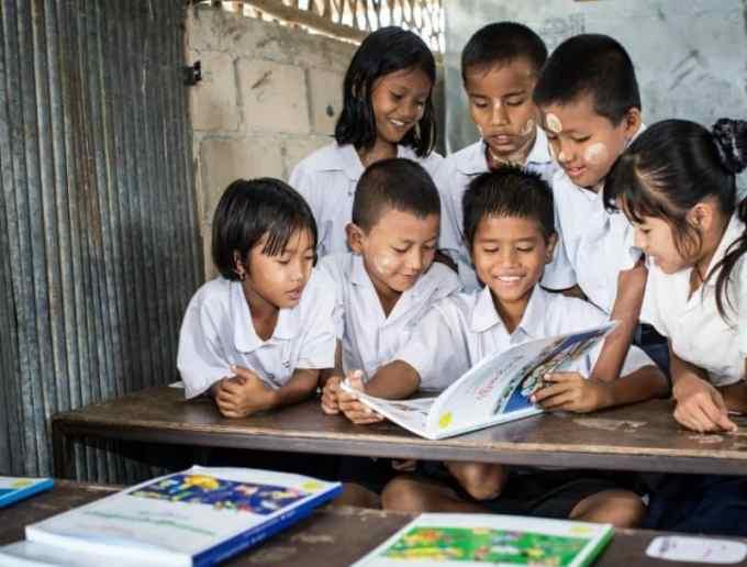 Contoh Teks Argumentasi Terkait Pendidikan