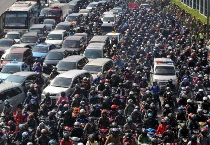 Contoh Teks Reporter Kemacetan
