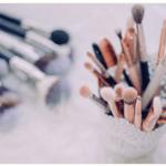 Jak dbać o PĘDZLE DO MAKIJAŻU? Jak robić mycie pędzli do makijażu?
