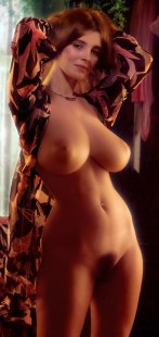 women-with-big-tits-sexy-topless-and-naked-25