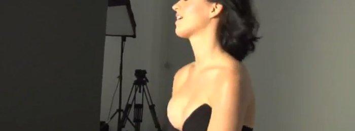 Katy Perry, heerlijk decolleté in sexy korset