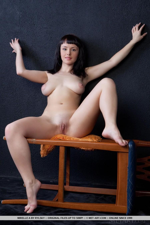 big-tits-naked-and-a-barstool-13