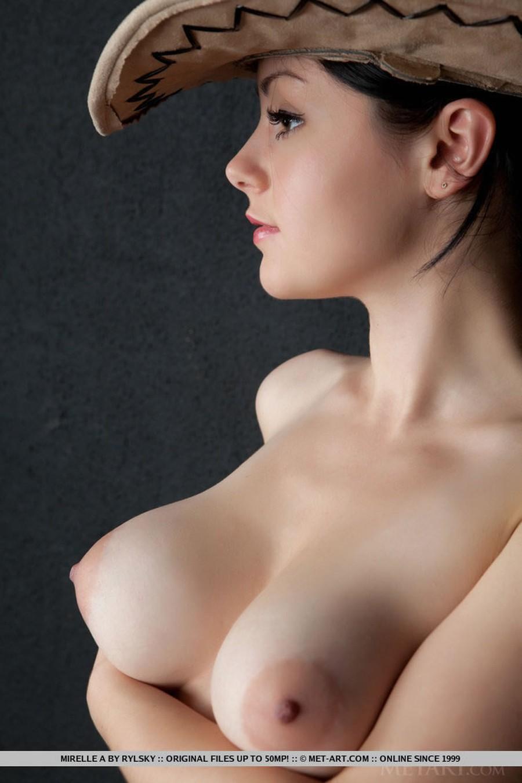 big-tits-naked-and-a-barstool-15