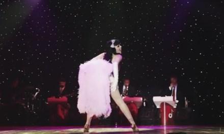 Burlesque, een bontjas en best geil