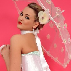Jodie Gasson als pinup, in hele sexy lingerie