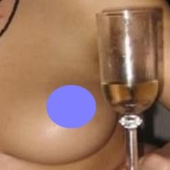 Vrouw van 30 jaar, topless, uit Wavre wil sexcontact