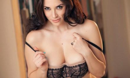 Jelena Jensen heeft dat lingerie concept wel een beetje door