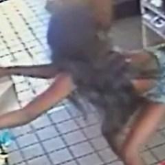Twerkende vrouwen beschuldigd van seksueel misbruik 🎥