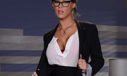 Naakte Vrouwen, geile secretaresses hebben sex op het werk