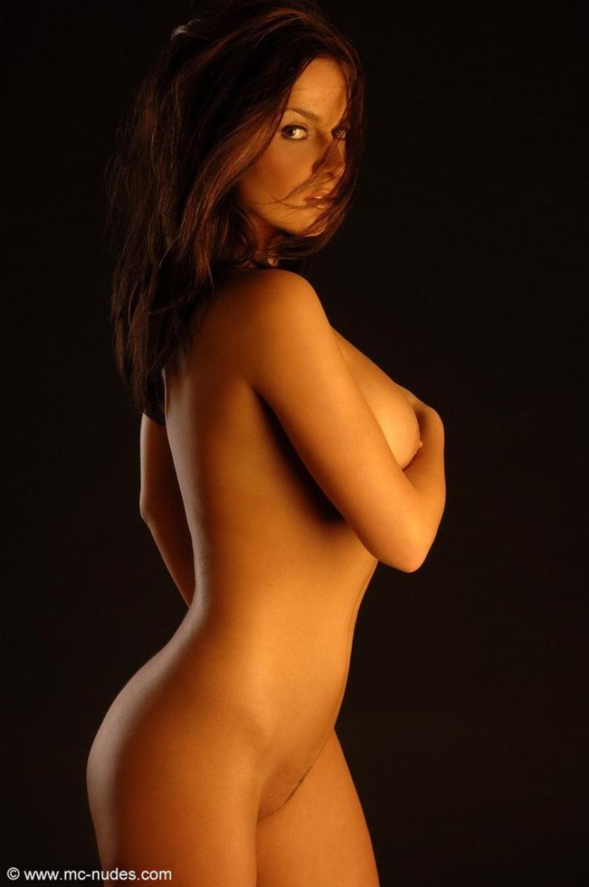 eve-is-helemaal-naakt-erotische-fotografie-15