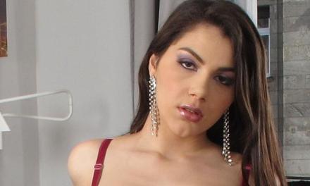 Valentina Nappi is de overbuurman aan het opgeilen