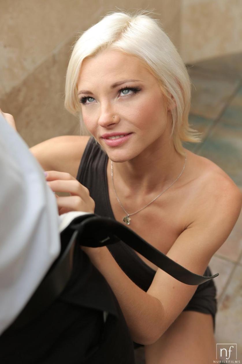 verboden vrouw blond