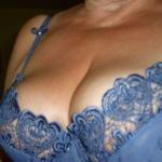 Vrouw van 45 jaar uit West-Vlaanderen heeft hele grote borsten