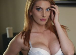 Lillith Lust, geile pornoster met rood haar