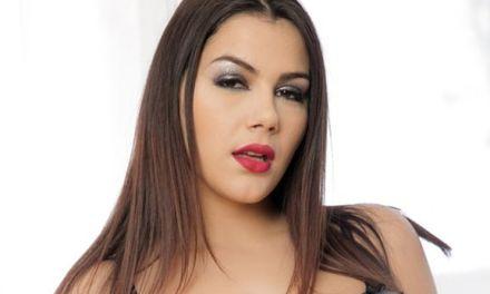 Valentina Nappi Gibt Ihr Bestes