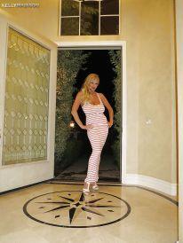 Kelly Madison, enorme grote borsten milf