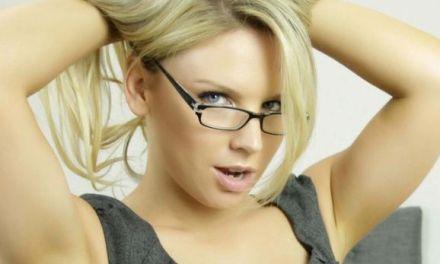Australische pornoster Madison Missina vertelt over de porno-industrie 📷