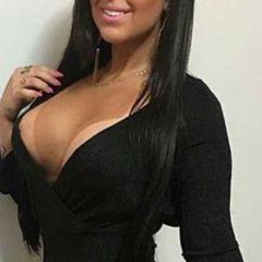 Lekkere Latina, 33 jaar en een prachtig decolleté, wil een onvergetelijke nacht in bed