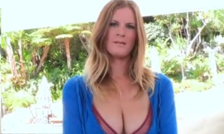 Olivia Blu, grote memmen, houdt van sex in de achtertuin