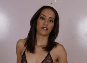 Courtney Page, geile Latina heeft altijd wel zin in seks