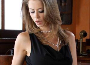 Emily Addison, een geile kantoorfantasie
