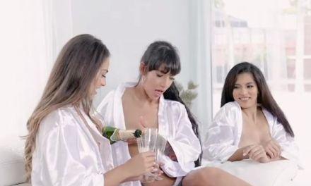 Drie vriendinnen laten zich hard neuken door één man