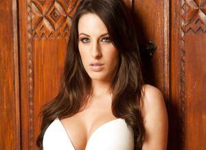 Kortney Kane heeft graag seks als ze lingerie aanheeft