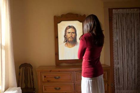 young-women-reflection-of-christ