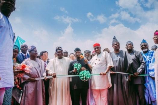 Lagos-Ibadan-Railway-Ground-Breaking-Ceremony2-600x400