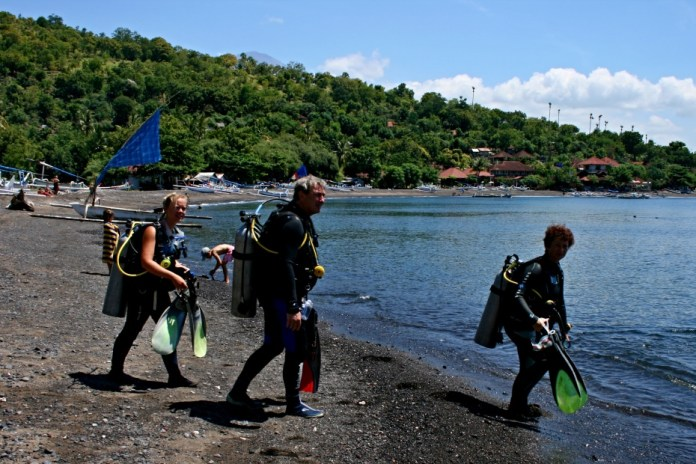 12-diving-bali-potapeni-amed