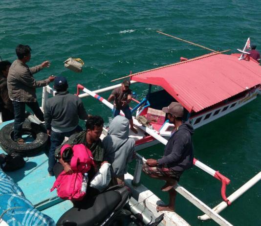 Penyeberangan antar pulau selayar