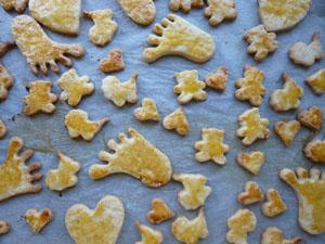 Kekse aus Mürbteig zur Geburt, Taufe und Babyparty.